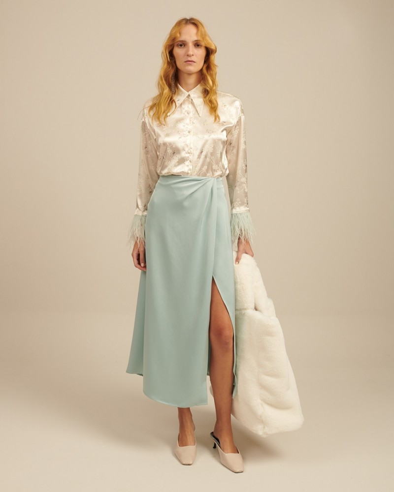 milkwhite Glossy skirt with side vent feathers (SF20-002)